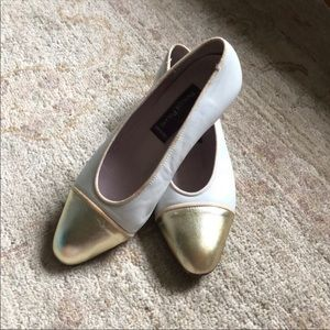 Phyllis Poland Stylish shoes made in Italy.